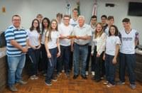 Estudantes rondonenses visitam a Câmara e agendam participação na Tribuna Popular
